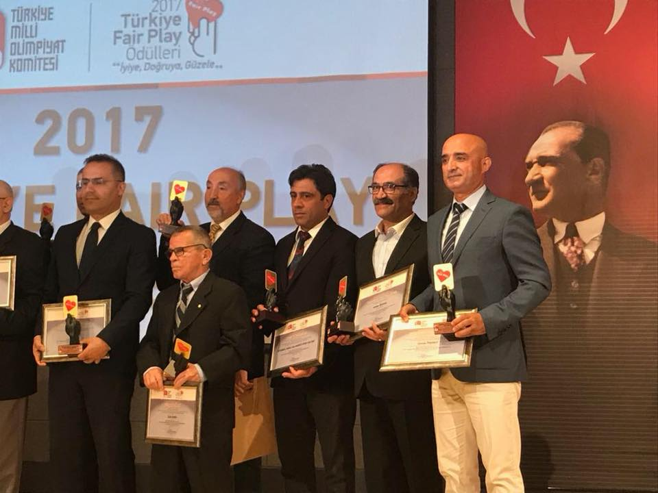 Osman PİŞİRİCİ Turkey took the Fair Play Award.